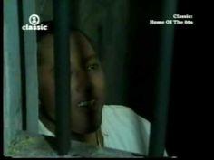 """Música. El británico Labi Siffre canta """"Something inside so strong"""" (1987). El tema ha sido usado por Amnistía Internacional en alguna de sus campañas. #Apartheid"""