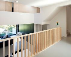 Interesting idea for balustrade - House HVH by HVH-Architecten Residential Architecture, Interior Architecture, Interior Exterior, Interior Design, Balustrades, Concrete Stairs, Studio Apartment Decorating, Modern Staircase, House Stairs
