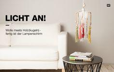 Lampenschirm aus Wolle und Holzkugeln basteln #Rico Design #DIY #Lampe selber…