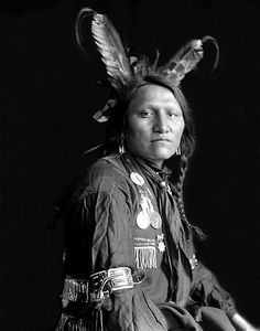 Charging Thunder. Photographed in 1900, by Gertrude Käsebier. Charging Thunder was one of the Sioux members of Buffalo Bill's Wild West Show.