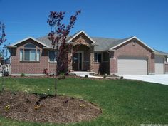 House for sale at 2386 W 975 N, Layton UT 84041: 3 bedrooms, $319,900.  View photos, tour, maps and more at LocateUtahHomes.com. #homesforsale #laytonutah #utahhomes #realestate