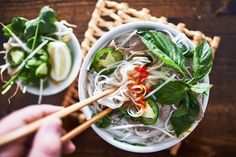 Comfort Food - Pairing Wine & Pho: we adore aromatic and refreshing dry white wines like #Riesling, #Torrontes and #CheninBlanc.