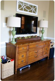 Try some honey oak furniture for a touch of warmth from Thrifty Decor Chick! Dresser Tv Stand, Dresser With Tv, Dresser Drawers, Oak Dresser, Dresser Furniture, Dresser Ideas, Bedroom Tv Stand, Tv In Bedroom, Bedroom Ideas
