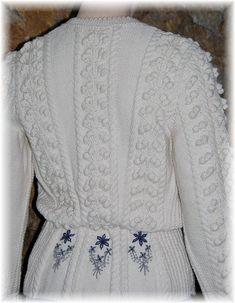 Lady Cardigan with Austrian Trachten-Inspiration, hand knit in pure undyed Merino - a great companion for denim Elegant, Shades Of Grey, Cardigans For Women, Knit Cardigan, Lady, Hand Knitting, Looks Great, Peplum, Feminine