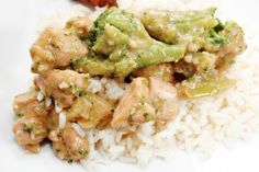 Slow Cooker EASY Cheesy Chicken, Broccoli and Rice - Delicious!  Yumm