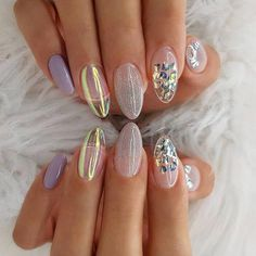 Semi-permanent varnish, false nails, patches: which manicure to choose? - My Nails Rose Gold Nails, Matte Nails, My Nails, Stiletto Nails, Coffin Nails, Acrylic Nails, Glitter Nails, Matte Almond Nails, Solid Color Nails