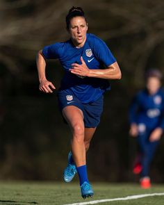 Best Jersey, Carli Lloyd, Football Soccer, Team Logo, United States, Running, Sports, Hs Sports, Keep Running