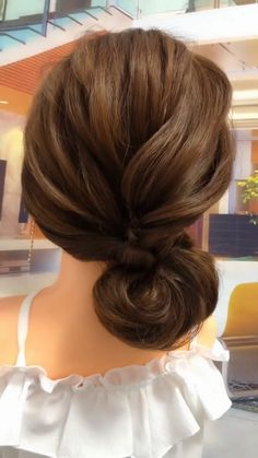 You can experiment with fun and sexy balayage hairstyles for medium hair to find the one that works best for you! Balayage is super trendy right now. hair 15 Stylish Hairstyles for Medium Hair braided hairstyles for long hair Elegant Hairstyles, Formal Hairstyles, Girl Hairstyles, Braided Hairstyles, Beautiful Hairstyles, School Hairstyles, Medium Hair Braids, Braids For Long Hair, Short Hair