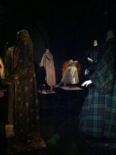 Rijksmuseum Amsterdam Jas aan!/Cover up! Special Collections Kostuumvitrine 11 november 2013 - 8 juni 2014