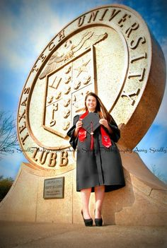 Texas Tech Graduate+Texas Tech+Graduation picture ideas College Graduation Pictures, Grad Pics, Graduation Ideas, Texas Tech University, Senior Pictures, Senior Pics, Graduate School, Picture Ideas, Photo Setting