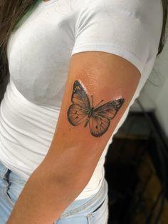 Tarot Tattoo, I Tattoo, Tattoo Hand, Dream Tattoos, Tatoos, Hand Henna, Henna Hands, Sommer Tattoo, Dainty Tattoos