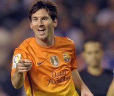 Barcelona derrota a La Coruña gracias a un triplete de Messi