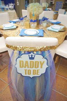 Chair Back Sign for baby shower. Daddy to Be sign. Tulle and sequins. Ombre blue colors. Table design | Lovelyfest Event Design | Royal Blue Baby Shower