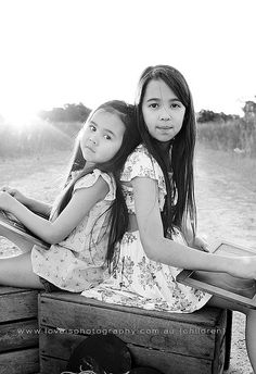 love is photography by crystalsloveis, via Flickr - Adorable Sister Pose!