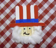 JumpStart has fun Fourth of July craft ideas for kids of all ages. Before you head to the store to buy yourself some Fourth of July decorations, check out our Independence Day crafts – you can make your very own patriotic decorations and have a blast while you're at it!