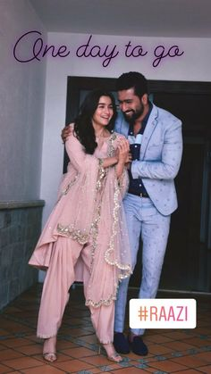 Alia bhatt with Vicky kushal together for Raazi promotion Bollywood Couples, Bollywood Wedding, Indian Bollywood, Bollywood Stars, Bollywood Actress, Pakistani Couture, Pakistani Outfits, Indian Outfits, Indian Attire