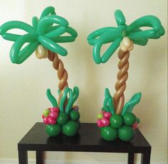 Palm tree centerpieces
