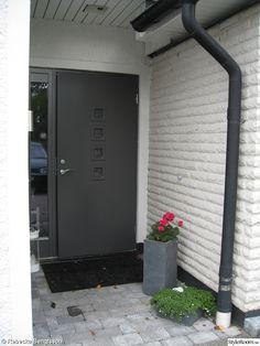 Windows And Doors, Garage Doors, Outdoor Decor, Google, Home Decor, Interior Design, Home Interior Design, Home Decoration, Decoration Home