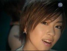 活動再開はセミロングヘア 宇多田ヒカルの髪型・ヘアスタイル画像まとめ | LAUGHY-ラフィ-