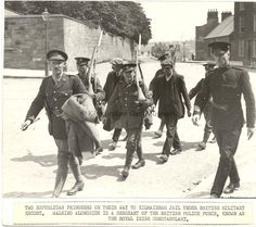 Two republican prisoners are escorted to Kilmainham Gaol : Easter Rising 1916 Ireland 1916, Dublin Ireland, Kilmainham Gaol, Irish Republican Army, Court Records, Easter Rising, Ireland Pictures, Irish News, People