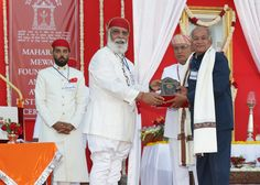 Shriji Arvind Singh Mewar of Udaipur, Chairman and Managing Trustee, Maharana of Mewar Charitable Foundation (MMCF) presenting Maharana Kumbha Award to Mr. Tej Singh Tarun  Venue: The Manek Chowk, The City Palace, Udaipur  Know more about awards - http://www.eternalmewar.in/collaboration/awards/index.aspx  #MMFAA2016 #MMFAA #MMCF #Awards #MaharanaOfMewarCharitableFoundation #MaharanaMewarFoundationAnnualAwards #UdaipurAwards #EternalMewar #Mewar #Udaipur #Rajasthan #India