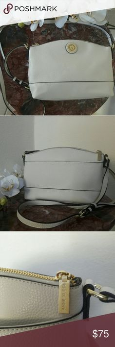 """New Anne Klein Off White Crossbody Bag Purse Brand New  Hard To Find  Anne Klein  100% Authentic  Faux Leather  Off White Color  With Gold Furniture  Anne Klein Logo on Front  Zip Top One Exterior  Pocket  Inside Compartment One Zip Pocket  And Two Slip Pockets  One long adjustable strap   10""""LX7 1/2""""HX3 1/2""""W Anne Klein  Bags Crossbody Bags"""