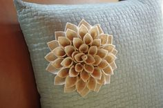 My So Called Green Life...: Felt Flowers - my favorite project of the year!  http://mysocalledgreenlife.com/2011/07/felt-flowers-my-favorite-project-of.html#