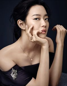 """Shin Min Ah shines with """"Love & Animal"""" jewelry collection for Elle Korea"""