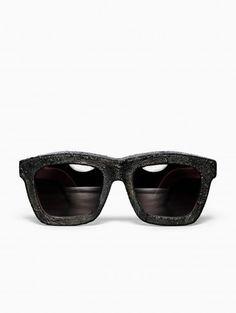 815bec543b5 Burnt mask sunglasses from Kuboraum collection.