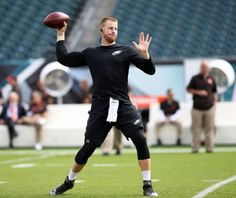 Eagles QB Carson Wentz (11) warms up before the game against the Cleveland Browns at Lincoln Financial Field in Philadelphia, Sunday, Sept. 11, 2016. (Lori M. Nichols | For NJ.com)