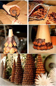 Kerstboom ananas Kerstmis met kegel - Apocalypse Now And Then Pine Cone Crafts, Christmas Projects, Holiday Crafts, Pinecone Christmas Crafts, Diy Christmas Ornaments, Rustic Christmas, Simple Christmas, Christmas Holidays, Decoration Christmas