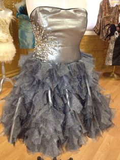Stunning Sondra Celli dress (the designer on My Big Fat American Gypsy Wedding) Huge Wedding Dresses, Prom Dresses 2018, Wedding Bridesmaid Dresses, Wedding Gowns, Formal Dresses, Crazy Dresses, Gypsy Dresses, My Big Fat Gypsy Wedding, American Gypsy