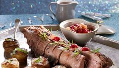 Årets nytårsmenu | Dyreryg med pommes Anna og hindbærløg | Hovedret Anna, Beef, Beverage, Journal, Happy, Meat, Drink, Ser Feliz, Liquor