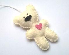Felt bear ornament - felt ornaments - teddy bears - Christmas/Housewarming home decor - pinned by pin4etsy.com: