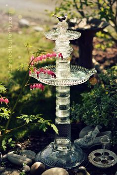 This is a beautiful bird bath, made by gluing 20+ pieces of thrift store glass! Gorgeous! From Barefootbutterfly Studio