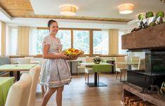 Ihr Hotel in Saltaus in Südtirol im Passeiertal -Hotel Alpenhof Hotel Alpenhof, Kitchen Island, Table, Furniture, Home Decor, Environment, Vacation, Island Kitchen, Decoration Home