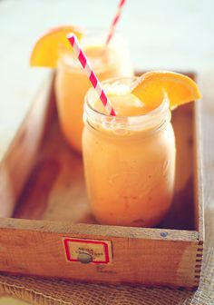 Orange Cream Cooler so so yummy. Low Calorie Smoothies, Healthy Smoothies, Healthy Drinks, Healthy Shakes, Eat Healthy, Protein Shakes, Making Smoothies, Breakfast Smoothies, Smoothie Drinks
