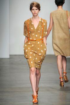 A Détacher Spring 2012 Ready-to-Wear Fashion Show