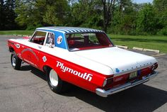 Race and performance news, how-tos and technical articles from RacingJunk with a focus on drag racing, feature builds, race results and industry products. Funny Car Drag Racing, Funny Cars, F1 Racing, Plymouth Cars, Plymouth Barracuda, Old Race Cars, Vintage Race Car, Drag Cars, Car Humor