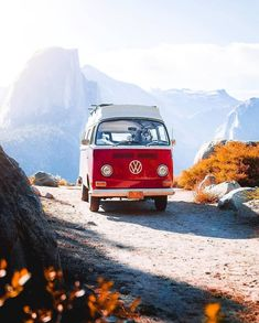 Van Hippie, Yosemite National Park, National Parks, Combi Vw, Photos Voyages, Camping Life, Outdoor Survival, Belle Photo, Van Life