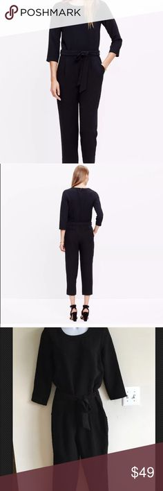 Madewell Black Sloan Jumpsuit NWT Size 0 Brand new with tags, never work and in perfect condition! 💫 This Sloan Jumpsuit from Madewell is black, style E4197. Perfect for fall & winter! 😊 From a smoke free hope and ready to ship right away! Madewell Pants Jumpsuits & Rompers