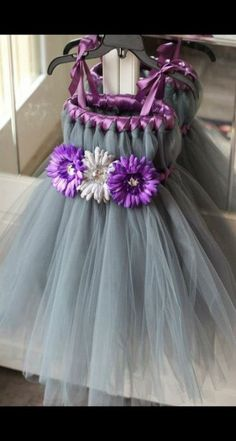 Tutu Dress 6 Dress Up Party Formal por TutullyCuteDesigns Custom Made to Order Tutu Dress via Etsy. Tutu Dress via Etsy. Would be very cute for a summer photo shoot Tutu Dress i loove the colors on this one Black and Teal tulle with teal ribbon for flower Diy Tutu, Tulle Tutu, Tulle Dress, Dress Up, Tutu Dresses, Tulle Poms, Tutu Skirts, Pom Poms, Diy Wedding Dress