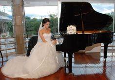 ♥ Märchenhaftes Brautkleid inkl Schleier und Reifrock ♥  Ansehen: http://www.brautboerse.de/brautkleidverkaufen/maerchenhaftes-brautkleid-inkl-schleier-und-reifrock/   #Brautkleider #Hochzeit #Wedding