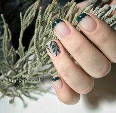 inst: @mariapetrzak naturenails leavesnails negativenails
