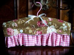 Pretty in pinks, gorgeous shabby chic style clothes hanger.