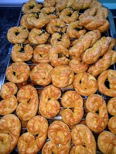 Savoury Pies, Food And Drink, Cookies, Meat, Pastries, Breakfast, Cake, House, Crack Crackers
