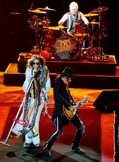 Aerosmith hizo vibrar el Centenario La fuente de la juventud / Montevideo Portal - www.montevideo.com.uy