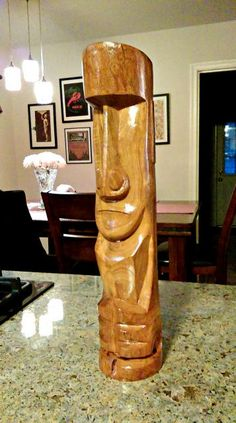 big tiki carvings