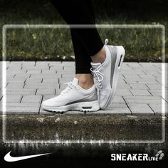 meet e9cad 0a425 Görünür Air Max birimi ve Phylon orta taban, hafif yastıklama ve rahatlık  saglar. Nike