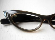 6e85a2f4ca62 Layered Eyewear Online, Oval Faces, Cat Eye Frames, Cat Eyes, Reading  Glasses